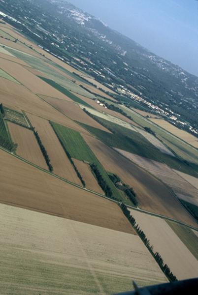 Voie ; occupation : secteur de voie romaine et d'habitat