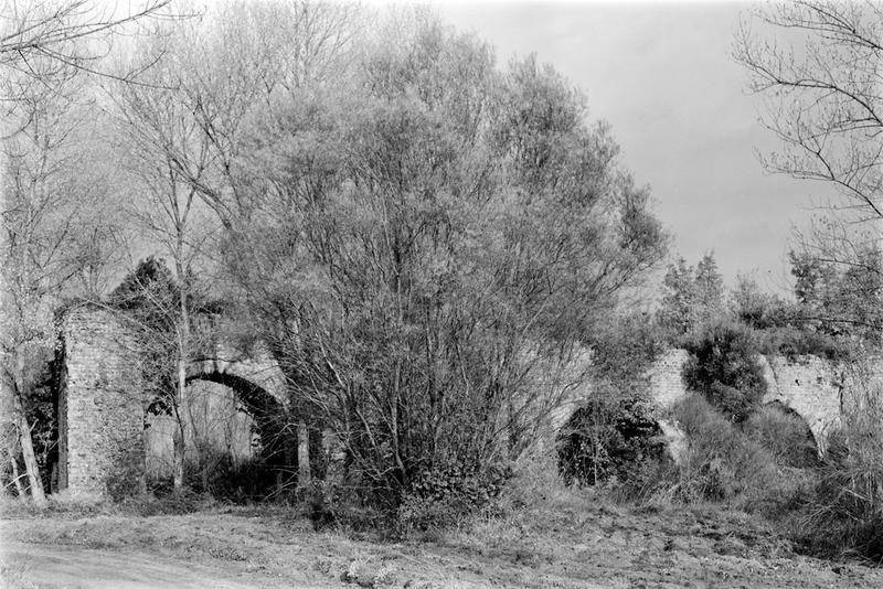 aqueduc : arches