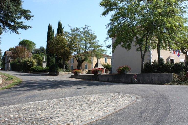 Ancien village de Bonas