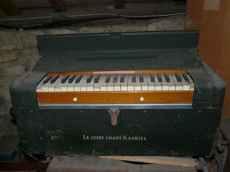 Harmonium : guide-chant