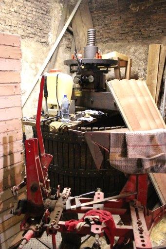 Machine à pressurer dit pressoir à vin