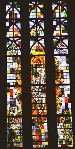 verrière figurée : Christ glorieux