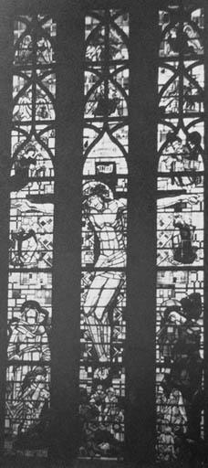 Verrière figurée : Christ en Croix