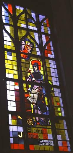 verrière figurée : Sainte Jeanne de France