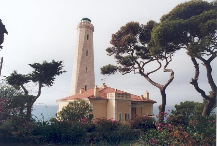 Phare de Cap-Ferrat aussi appelé Phare de Villefranche, Phare de Saint Jean-Cap-Ferrat (Etablissement de signalisation maritime n°1508/000)