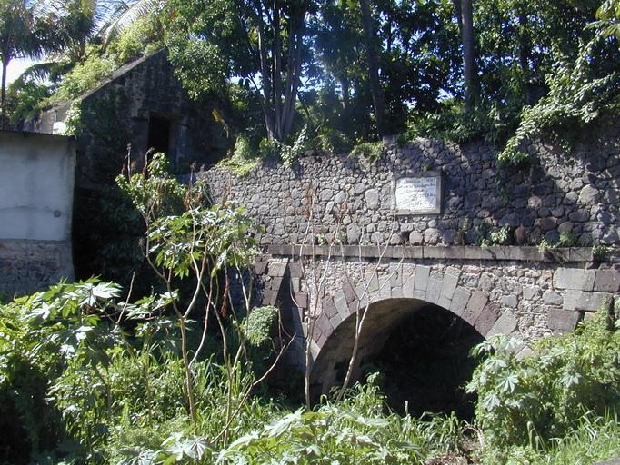Pont aqueduc dit aqueduc de Petite-Guinée