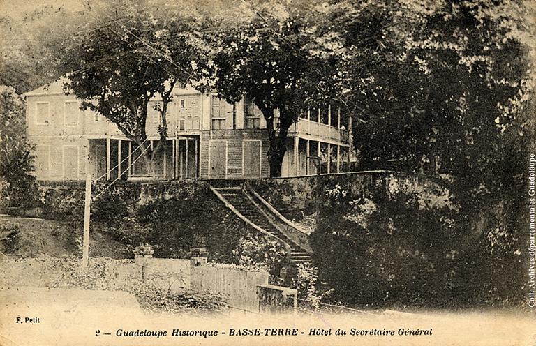 Maison, anciennement hôtel du secrétaire général, actuellement Maison des aînés