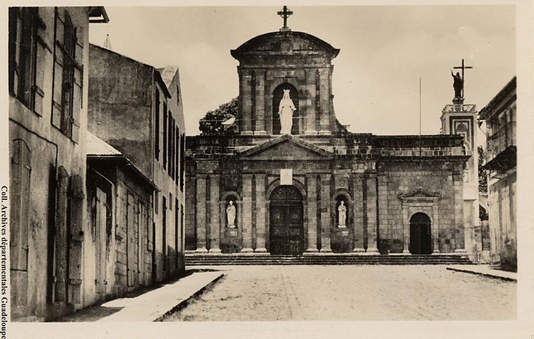 Cathédrale Notre-Dame de Guadeloupe, anciennement église paroissiale Saint-François