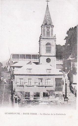 Clocher de la cathédrale Notre-Dame de Guadeloupe