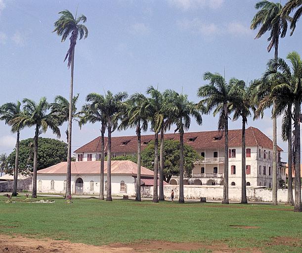 Hôpital colonial, puis hôpital Jean Martial