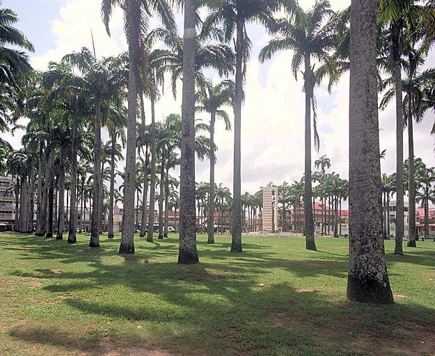 Place de l'Esplanade dite Place des Palmistes