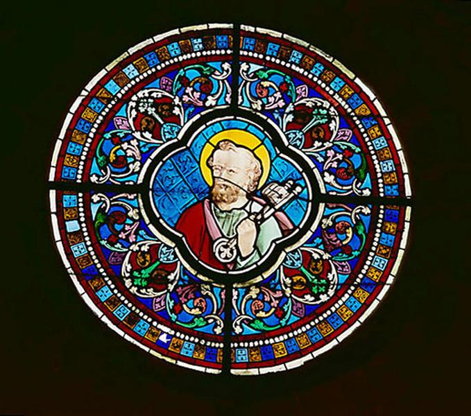 6 verrières (verrière figurée décorative, rondel) : saint Pierre, saint Paul, saint Matthieu, saint Jean, saint Luc, saint Marc (baies 101 à 106)