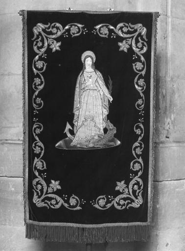 Bannière de procession de sainte Marguerite