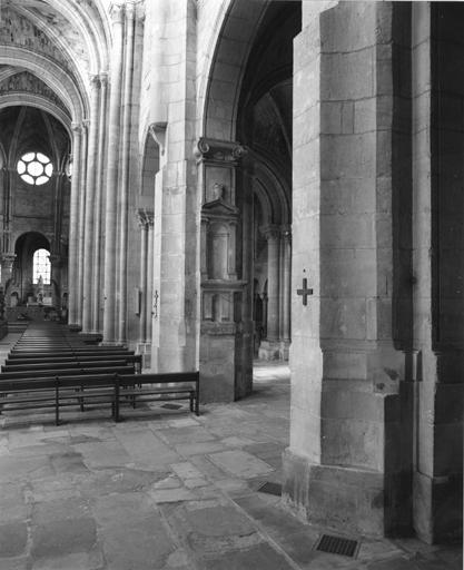 Collégiale Notre-Dame, actuellement église paroissiale