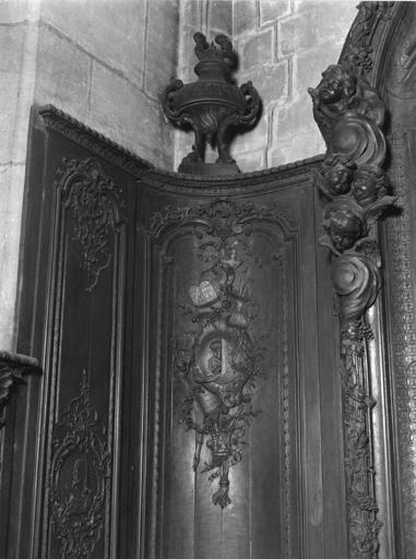 Lambris de revêtement de la chapelle Saint-Barthélémy