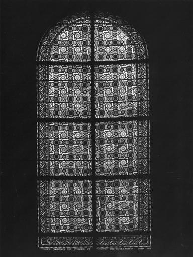 Ensemble de 7 verrières (baies 1 à 7) : vie de la Vierge, vie de saint Louis