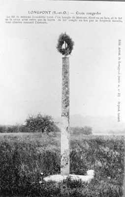 Croix monumentale dite Croix Rouge-Fer