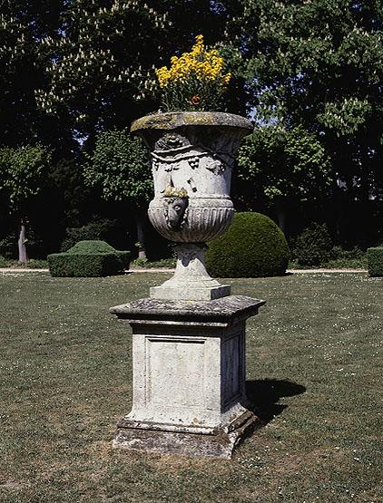 Ensemble de 4 vases décoratifs de jardin