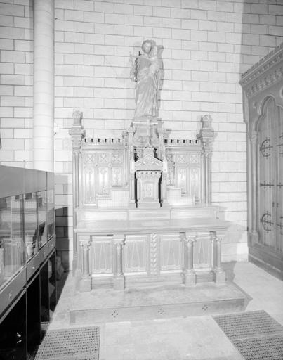 Autel tabernacle du Sacré-Coeur