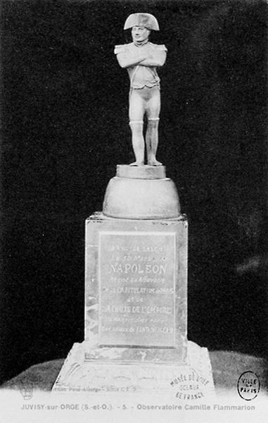 Statuette de Napoléon commémorative de son passage à Juvisy