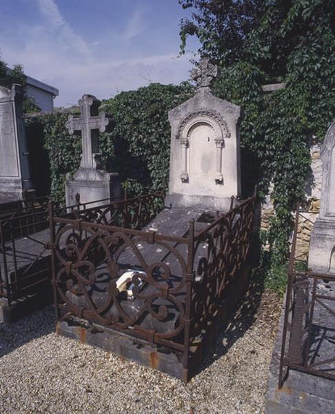 tombeau de Mme Rivière