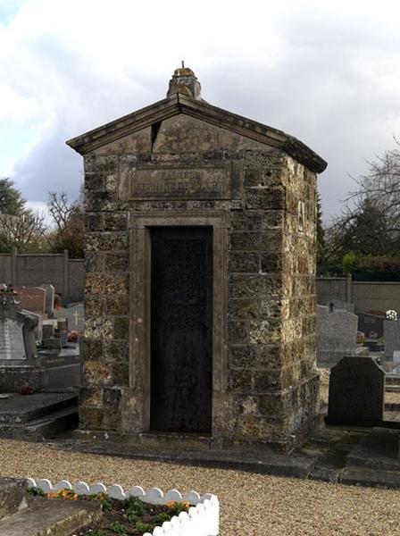 Chapelle funéraire de la famille Hermand-Demouchy