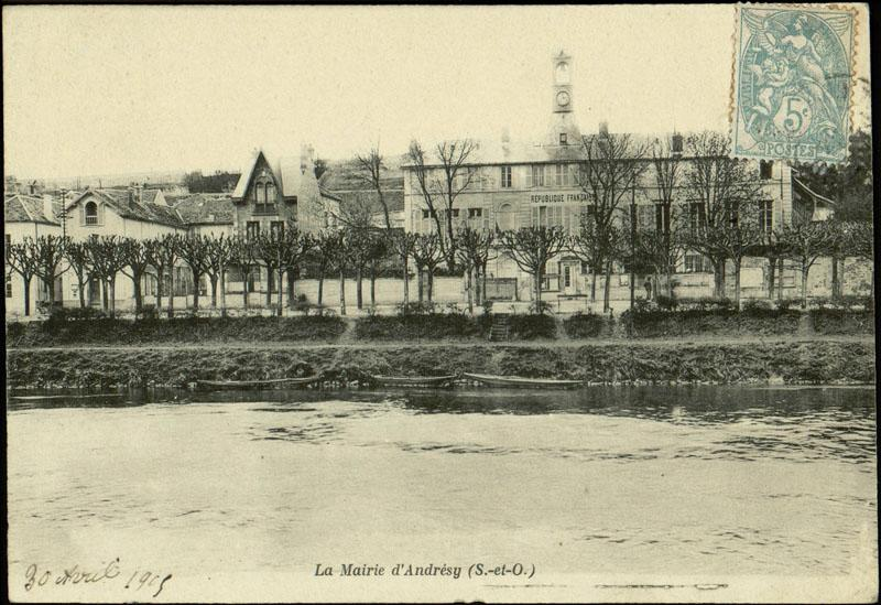 maison de campagne dite Château de la Princesse ; mairie-école de garçons ; actuellement bibliothèque Saint-Exupéry