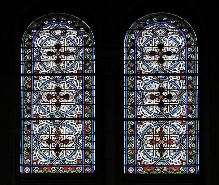 16 verrières décoratives (baies 101 à 116)