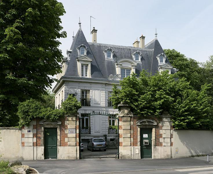 Maison de notable dite Château d'Ormesson, puis orphelinat Sainte Jeanne, actuellement Agence de l'aide sociale à l'enfance de la préfecture de Paris