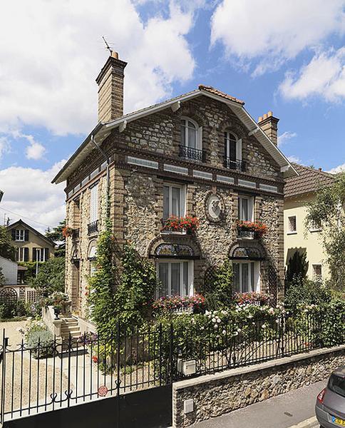 Maison d'artiste du peintre verrier Louis-Ernest Haussaire