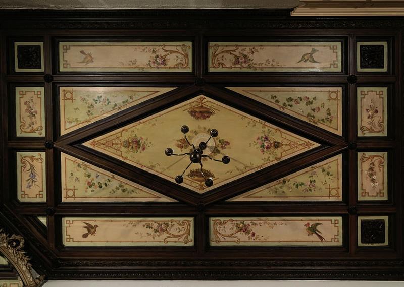 Plafond de la salle à manger