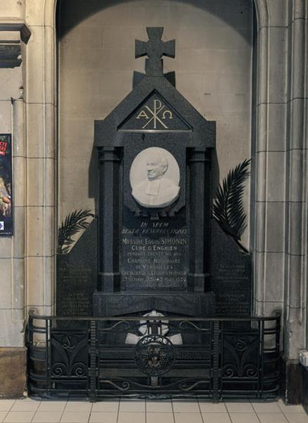 Monument commémoratif du curé Louis Simonin