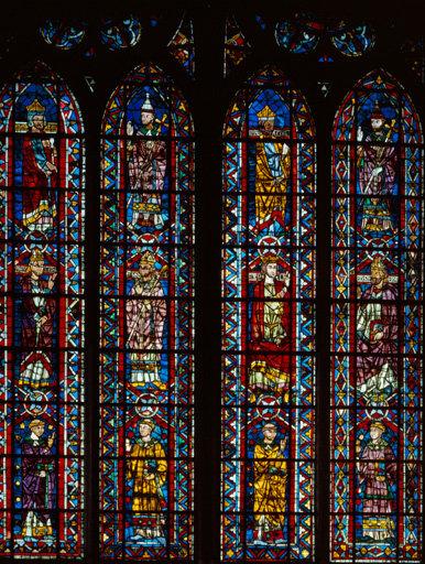 Verrière figurée : hiérarchie civile et ecclésiastique (baie 207)