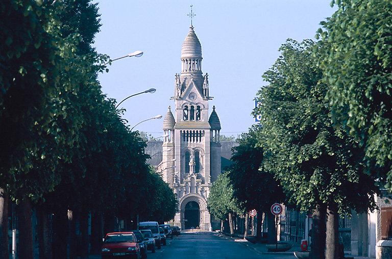 avenue Paul-chandon