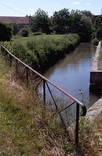 rivière aménagée Le Cubry