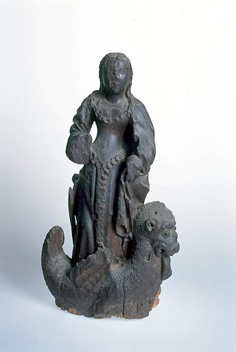 statuette : sainte Marguerite d'Antioche