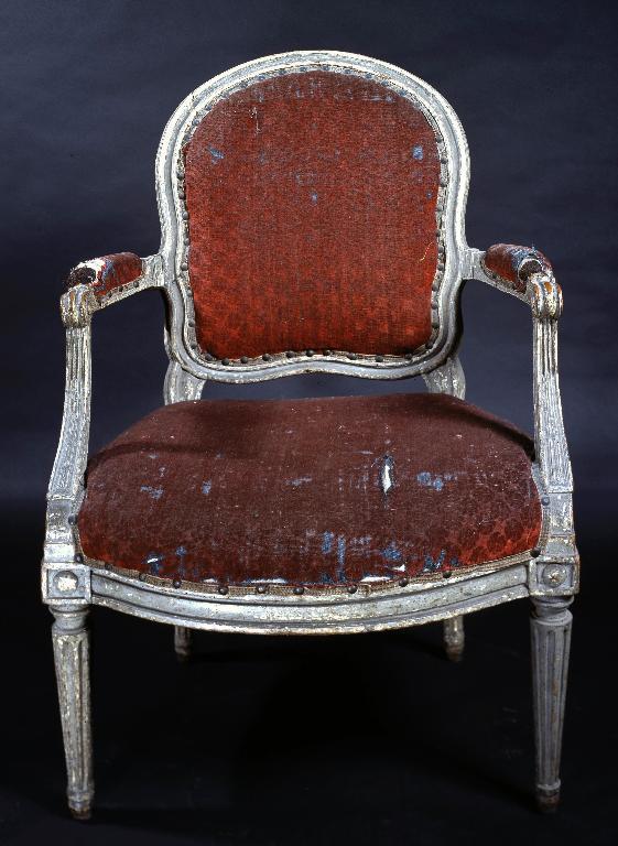 Paire de fauteuils en cabriolet (n° 3)