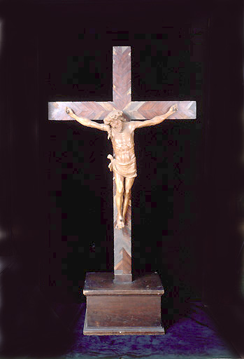 Croix : Christ en croix (n° 8)