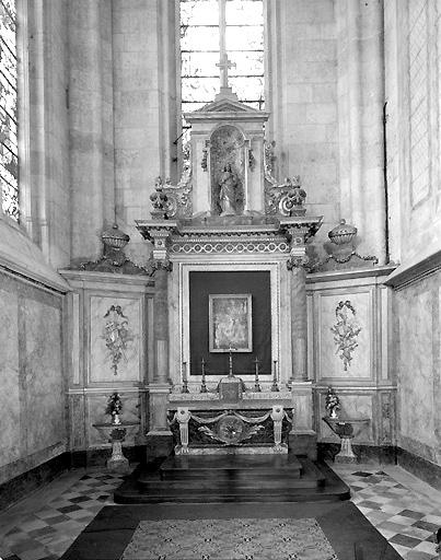 Autel secondaire de la chapelle du Sacré-Cœur (autel, tabernacle et retable)