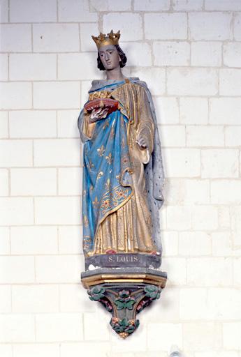 statue : saint Louis portant la couronne d'épines.
