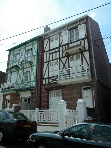 maison à deux logements accolés (dont Mireille)