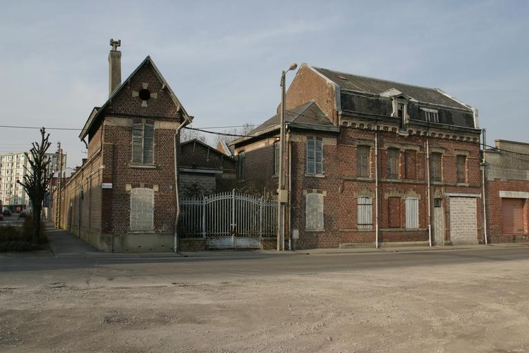 Ancienne usine de construction mécanique de Mesmay, puis robinetterie et fonderie Maumaire Dubua et Cie