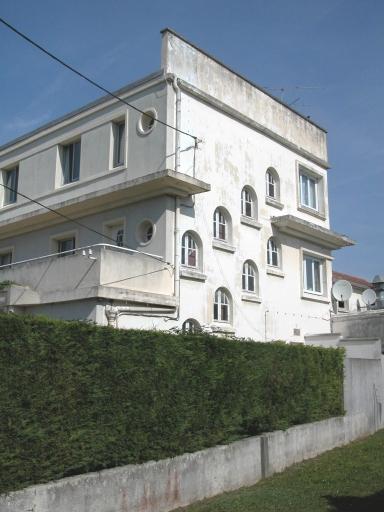 hôtel de voyageurs dit Hôtel Ermitage, actuellement établissement médical