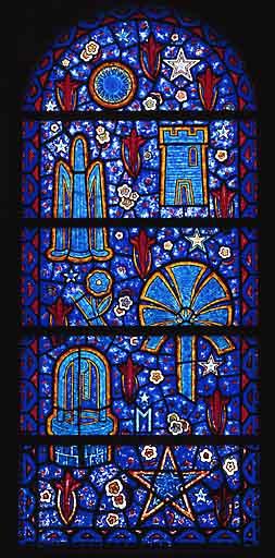 Verrière allégorique : litanies de la Vierge (baie 3)
