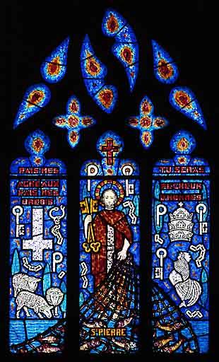 Verrière à personnages : saint Pierre (baie 8)