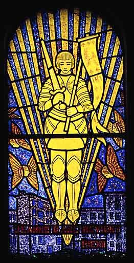 verrière, baie 4 : Sainte Jeanne d'Arc