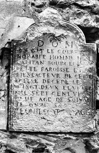 Plaque commémorative (2), de H. Capitan