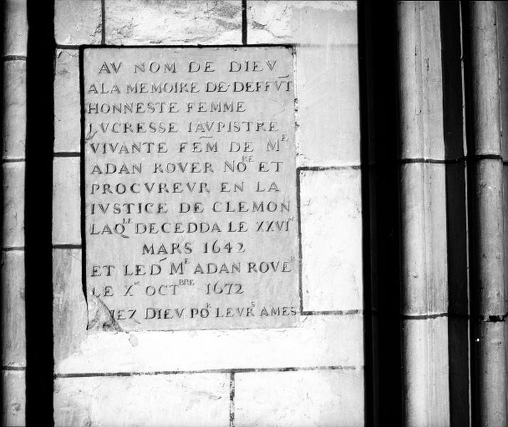 Plaque commémorative (2), de Lucrèce Jaupitre et Adam Rover