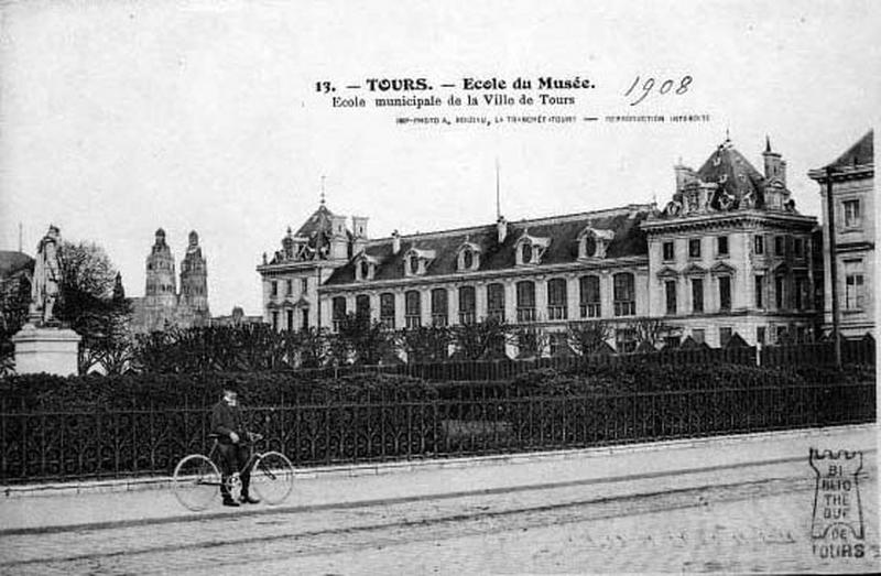Musée dit Musée des Beaux Arts, dit Musée d' Histoire Naturelle, dit Ecole Régionale des Beaux Arts ; école Mutuelle, dite Ecole du Musée