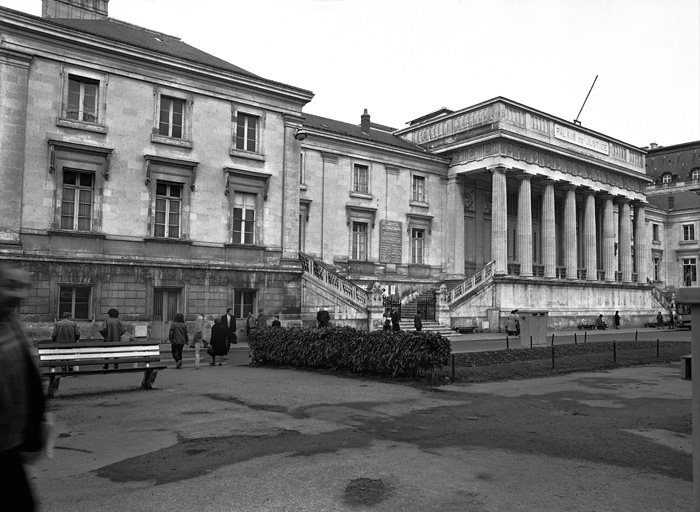 Palais de Justice, Caserne, Prison (Caserne de Gendarmerie, Maison d'Arrêt)
